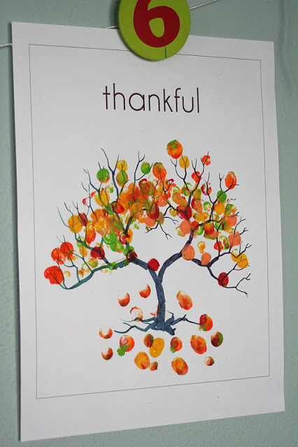 Thankful Thumbprint Tree from Little Page Turners
