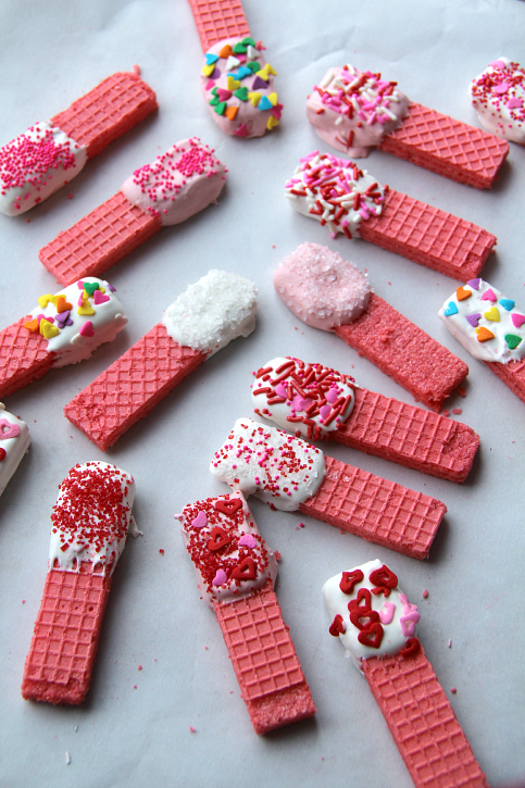 Easy-Valentines-Day-Cookies-FamilyFreshMeals